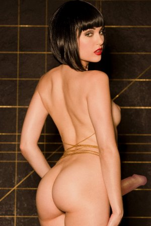 Sumeye outcall escorts in Damascus